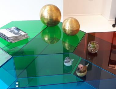 Exposición decoración con vidrio